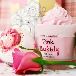 Pink Bubbly Candle – Bomb Cosmetics