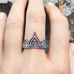 Bali Temple ring – (size 6,7,8,9)