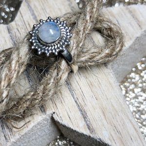 Demi Moonstone ring (size 6,7)